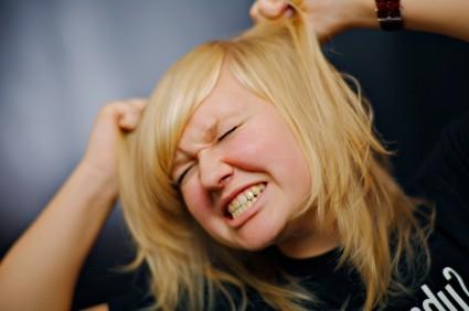 girl_pulling_hair.jpg